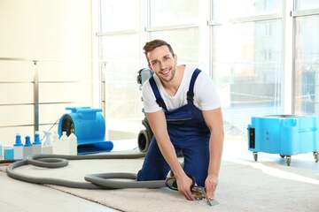 professional carpet cleaner shampooing couch in smithtown new york